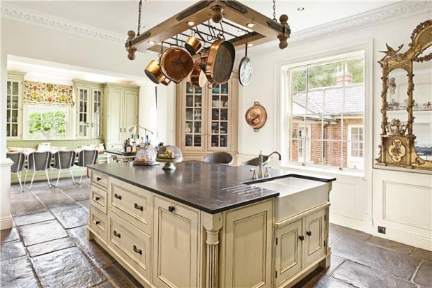 321 kitchens for Cottage kitchen extensions